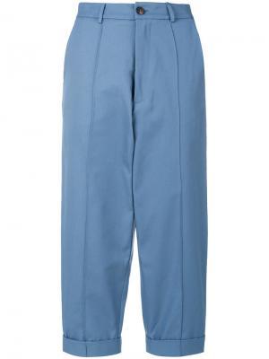 Укороченные брюки Société Anonyme. Цвет: синий
