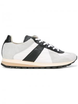 Кроссовки в стиле ретро Maison Margiela. Цвет: белый