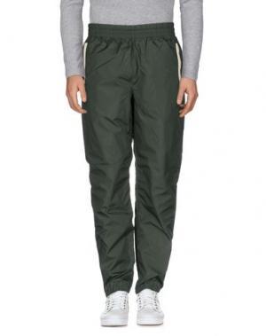 Повседневные брюки UNDEFEATED. Цвет: темно-зеленый