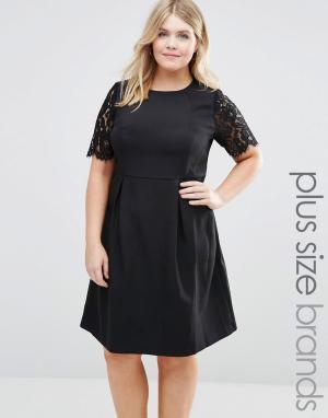 Koko Платье с кружевными рукавами Plus. Цвет: черный
