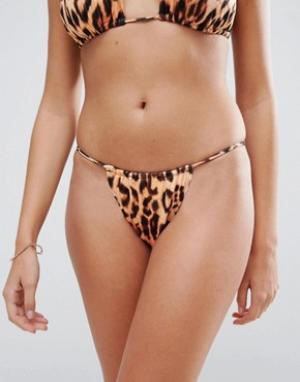 Hot as Hell Плавки бикини с леопардовым принтом и высоким вырезом. Цвет: мульти