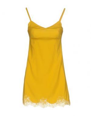 Комбинация DOLCE & GABBANA. Цвет: желтый
