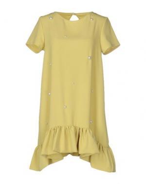 Короткое платье PINK BOW. Цвет: кислотно-зеленый