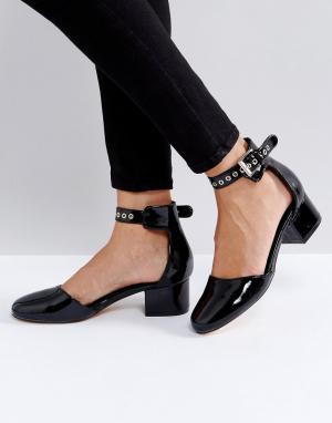 Truffle Collection Лакированные туфли на среднем каблуке. Цвет: черный