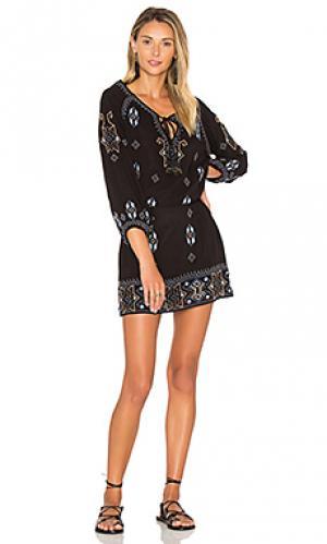 Платье celeste Tolani. Цвет: черный