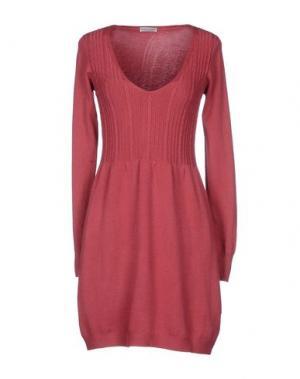 Короткое платье DANIELA FARGION. Цвет: красно-коричневый