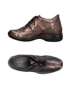 Низкие кеды и кроссовки MELLUSO. Цвет: светло-коричневый