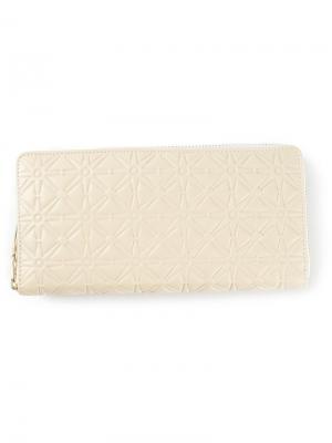 Тиснёный кошелёк Comme Des Garçons Wallet. Цвет: телесный