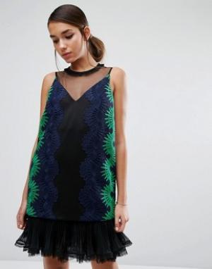 Three Floor Кружевное платье с сетчатой вставкой в складку на подоле. Цвет: мульти