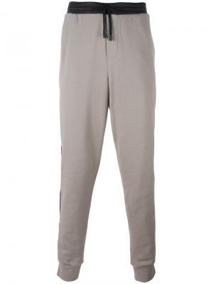 Спортивные брюки с контрастной окантовкой Public School. Цвет: телесный