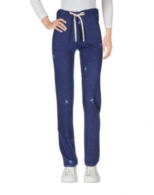 Повседневные брюки SUNDRY. Цвет: синий