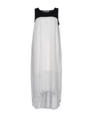 Платье до колена GIORGIA & JOHNS. Цвет: белый