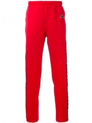 Спортивные штаны Kappa. Цвет: красный