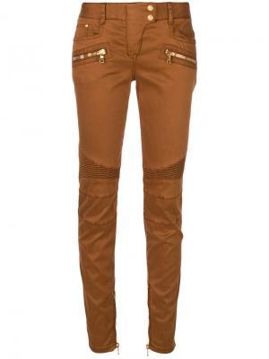 Байкерские брюки кроя слим Balmain. Цвет: коричневый