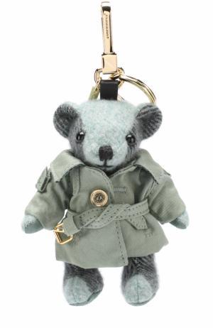Брелок Thomas Bear в тренче Burberry. Цвет: светло-зеленый