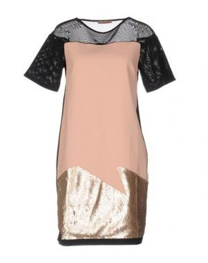 Короткое платье DV Roma. Цвет: лососево-розовый