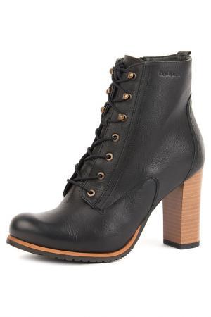 Ботинки Badura. Цвет: черный