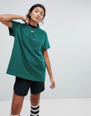 Lazy Oaf Оверсайз-футболка в полоску со смайликом. Цвет: зеленый