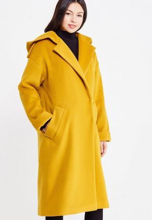 Пальто Maria Golubeva. Цвет: желтый