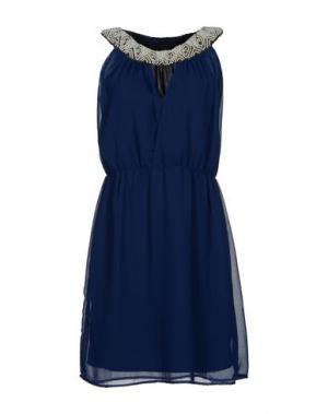 Короткое платье LA KORE. Цвет: синий