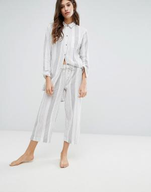 Lazy Days Длинные пижамные штаны в полоску. Цвет: белый