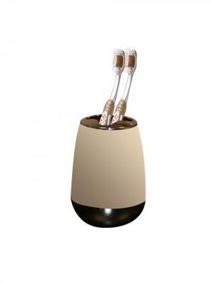 Стакан для зубных щеток с каучуковым покрытием пластиковый Цвет Ваниль PROFFI. Цвет: светло-бежевый, серебристый