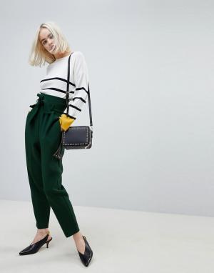 ASOS Суженные книзу брюки с завышенной талией и поясом Tailored. Цвет: зеленый
