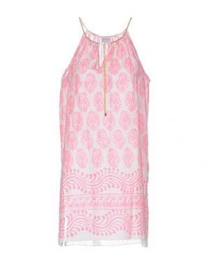 Короткое платье DELFINA. Цвет: фуксия