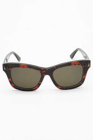 Очки солнцезащитные Valentino. Цвет: оранжево-зеленый