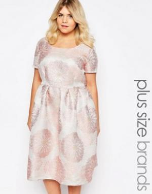 Truly You Платье миди из парчи. Цвет: розовый