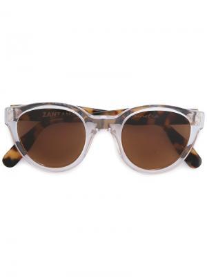 Солнцезащитные очки Sunetra Zanzan. Цвет: коричневый