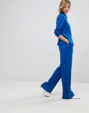 Gestuz Брюки от комплекта с широкими штанинами. Цвет: синий