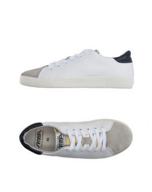 Низкие кеды и кроссовки SPRINGA. Цвет: белый