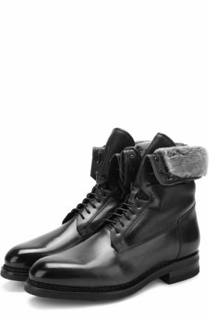 Высокие кожаные ботинки на шнуровке с внутренней меховой отделкой Santoni. Цвет: черный