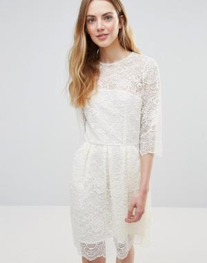 Ganni Кружевное платье мини Parker. Цвет: белый