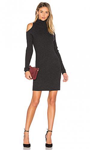 Вязаное платье с открытыми плечами ivana 360 Sweater. Цвет: серый