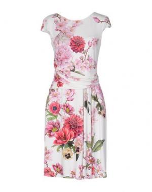 Платье до колена VDP COLLECTION. Цвет: белый