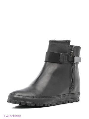 Ботинки KHRIO. Цвет: черный