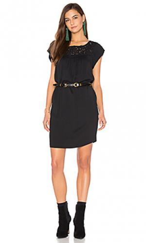 Платье elsanna Joie. Цвет: черный
