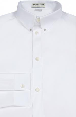 Хлопковая сорочка с воротником button-down Balenciaga. Цвет: белый