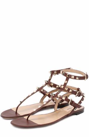 Кожаные сандалии Rockstud с ремешками Valentino. Цвет: коричневый