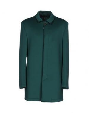 Легкое пальто GUTTHA. Цвет: изумрудно-зеленый