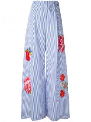 Расклешенные брюки с цветочной вышивкой Jucca. Цвет: синий