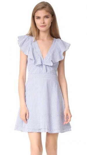 Платье с оборками Manning WAYF. Цвет: голубая полоска