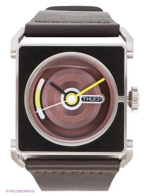 Часы TACS. Цвет: темно-коричневый, серебристый, черный