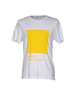 Футболка PANTONE UNIVERSE BY SONIA SPENCER. Цвет: желтый