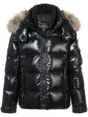 Дутая куртка New Mountain Sam.. Цвет: чёрный