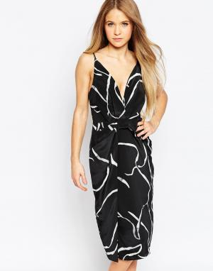 Talulah Платье с принтом и V‑образным вырезом. Цвет: черный
