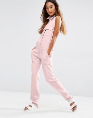 Honey Punch Комбинезон в стиле милитари с карманами спереди. Цвет: розовый