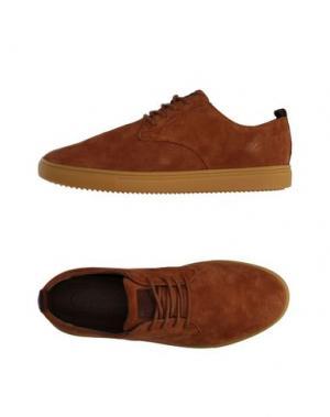 Низкие кеды и кроссовки CLAE. Цвет: коричневый